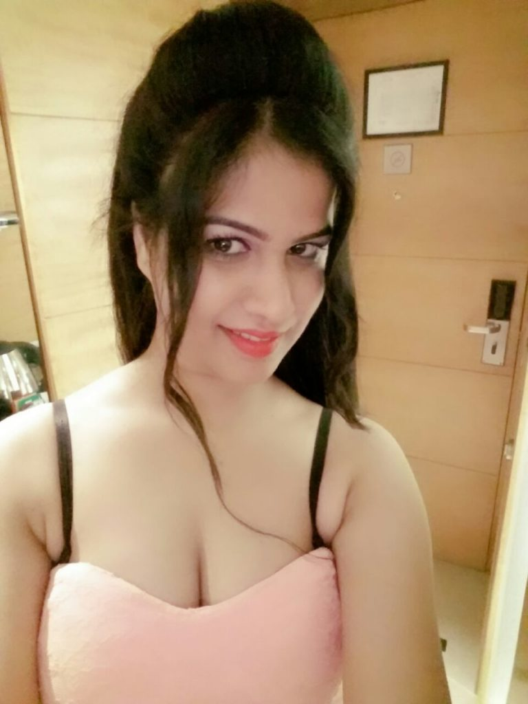 Independent Delhi Escorts